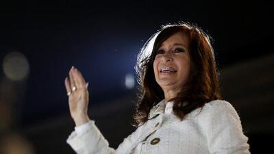 Presentación del libro de Cristina Fernández es calificado como un indicio de su posible candidatura presidencial