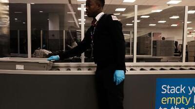 ¿Cuáles son los lugares más contaminados que se pueden encontrar en un aeropuerto?