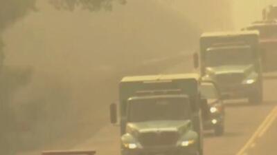 Alertan sobre peligrosos niveles de contaminación debido a los incendios forestales en California
