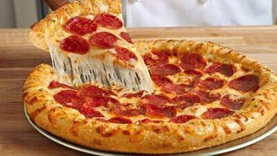 Comer pizza es un placer perjudicial para la salud