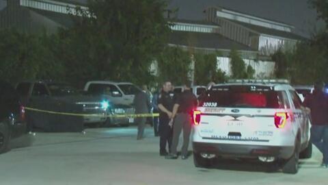 Reportan la muerte de un hombre durante un tiroteo con policías involucrados