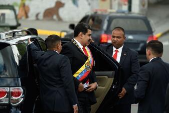"""Fotos: Estampida militar en Caracas tras un """"atentado con drones"""" con explosivos a Nicolás Maduro"""