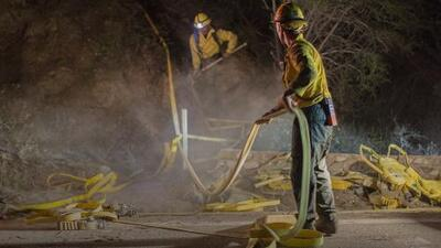 Mueren bomberos por incendios forestales