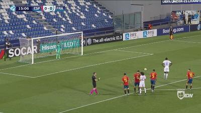 Junior Firpo hizo penal y Francia ya gana 1-0 a España en el Europeo Sub-21