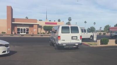 Voluntarios de Arizona van en camino a Texas para apoyar la lucha contra la ley SB 4