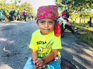 Retratos de los más vulnerables: los niños de la caravana migrante que avanza rumbo a EEUU