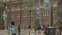 Ofrecen becas universitarias para jóvenes inmigrantes de Arizona
