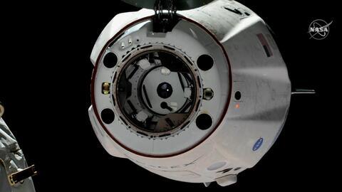La cápsula de SpaceX se separa de la Estación Espacial y empieza el regreso a casa