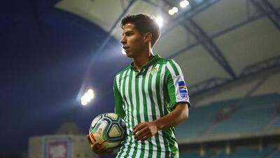 Diego Lainez ingresó al medio tiempo del amistoso Betis 0-1 Sheffield United