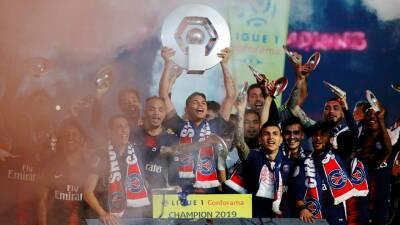En fotos: el PSG recibió su trofeo de campeón en Francia tras golear a Dijon