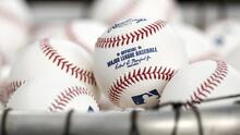 Hombre vendió histórica bola de McGwire por 3 millones