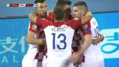 Haciendo olvidar a Mandzukic, Andre Kramaric se mandó este golazo: Croacia 2-1 Azerbayán