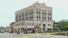 Alerta en la ciudad de Berwyn por una fuga de gas y una explosión en un edificio, cerca de un hospital