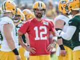 QB Aaron Rodgers no se presenta al inicio de Green Packers OTAs