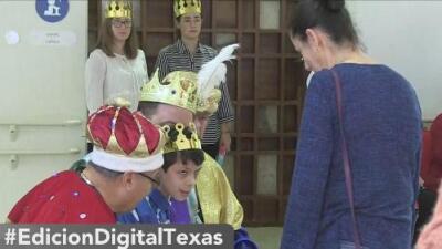 Los Reyes Magos visitan a los niños del CRIT USA con rosca y regalos