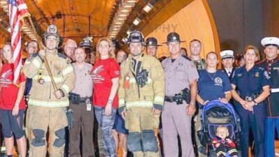 """""""Vi las fotos en mi celular y tomé la decisión"""": Estos son los voluntarios y bomberos de Miami que viajaron a Guatemala para ayudar en la tragedia"""