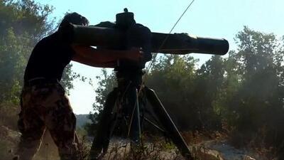 Rebeldes destruyen helicóptero ruso con un misil