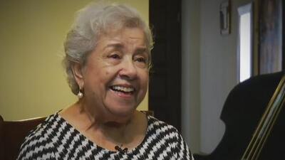 Una abuelita de Monterrey acapara titulares por su nominación a los Latin GRAMMY