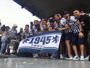 La caravana de celebración de Monterrey como campeón de la Liga de Campeones de Concacaf