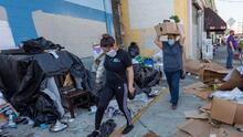 Asaltos, robos y hasta incendios relacionados con indigentes preocupan a comunidades en Los Ángeles