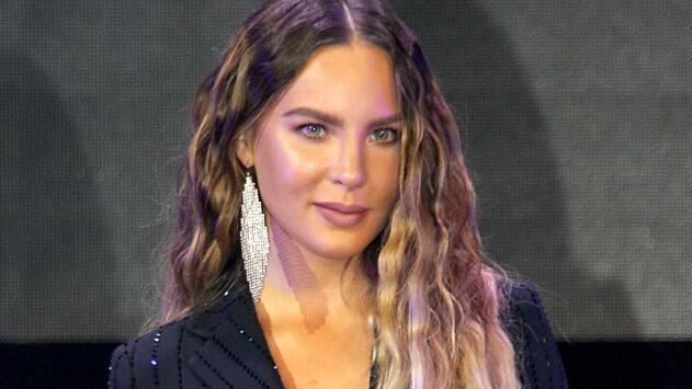 """Belinda aclara que no desea """"borrar ningún capítulo"""" de lo que vivió con Lupillo Rivera"""