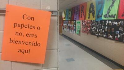 """""""Vivimos una cacería humana"""": las escuelas también se preparan para las redadas de ICE"""