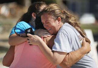 Hogares y negocios destrozados: los rostros de los que perdieron tras el paso del huracán Michael (fotos)