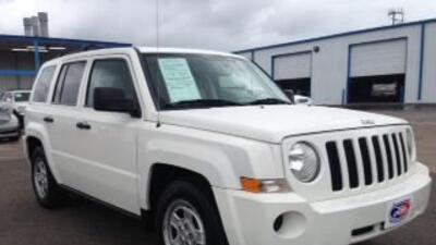 ¡La Qué Buena 104.3 y Long Motors te regalan un Jeep!