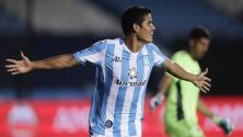 Racing da el primer golpe al vencer a Boca Juniors