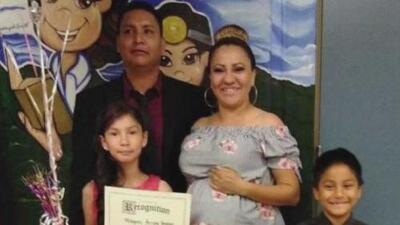 ICE afirma que el indocumentado detenido cuando llevaba a su esposa a dar a luz es buscado por homicidio en México