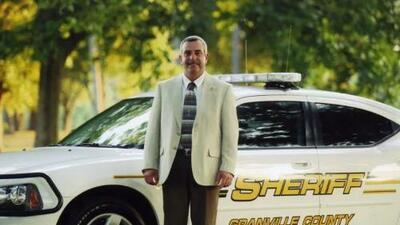 Alguacil de Granville acusado por delito grave de obstrucción de la justicia