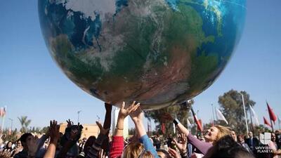 """Delegación oficial de EEUU fue abucheada tras promover los """"combustibles fósiles limpios"""" en la cumbre mundial contra el cambio climático"""