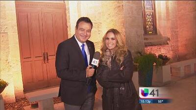 """""""Es una dicha ser mexicana y devota de la Virgen de Guadalupe"""": Lucero le canta a la virgen en San Antonio"""