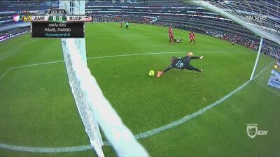 ¡Oribe estuvo a punto de marcar un gol de vestidor!