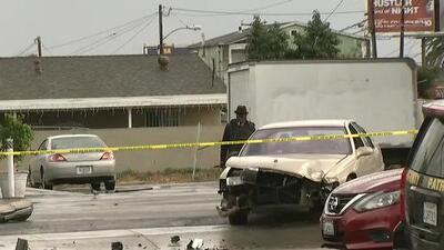 'Los Ángeles en un Minuto': Persecución policial en Gardena termina en un accidente fatal