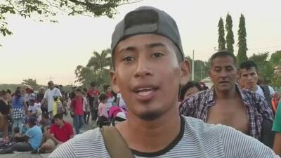 """Caravana de inmigrantes: """"No ven otra opción que salir de su país""""."""