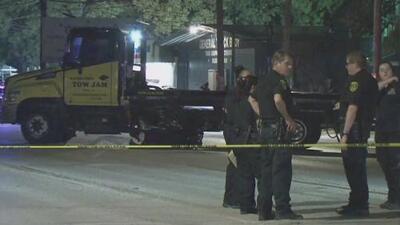 Un motociclista muere tras estrellarse contra un camión al noreste de Houston