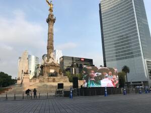 En el Ángel de la Independencia se vivió el partido del Tri ante Brasil con la misma pasión de siempre