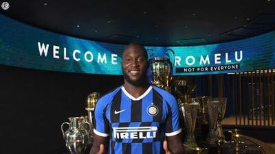 Romelu Lukaku es oficialmente anunciado con el Inter de Milán