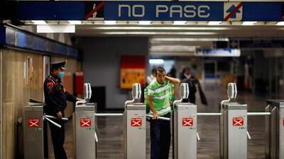 """""""Papá, papá"""": Los misteriosos gritos que guardias de seguridad escucharon en el metro de México"""