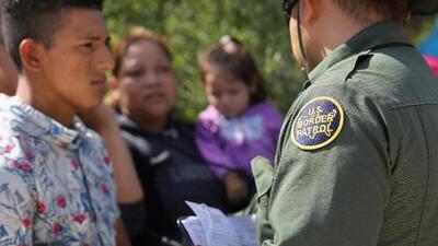 """Abogados rechazan el plan migratorio de Trump porque """"no reconoce el valor de las familias"""""""