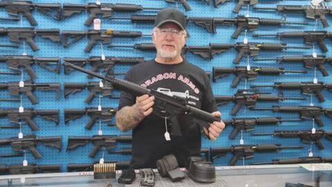Este hombre posee todas las armas utilizadas en las últimas masacres en Estados Unidos