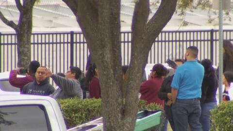 LULAC ofrece asesoría legal a los detenidos por la redada de ICE en una compañía del norte de Texas