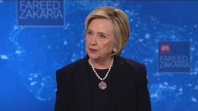 """Hillary Clinton: Trump """"está destruyendo la credibilidad y la confianza de EEUU"""" en el mundo"""