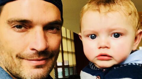 """""""Es duro, el niño no me conoce"""" Julian Gil vio a su hijo en una corte """"después de meses"""""""