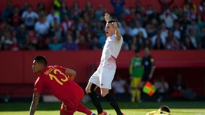 Sevilla 4-2 Villarreal: El Sevilla se engancha a la 'Champions' en un espectacular partido