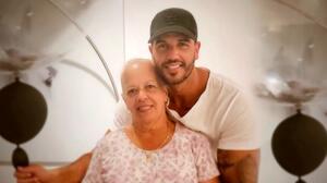 """""""Hicimos un gran equipo vieja"""": muere la madre del chef Yisus de Despierta América"""
