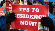 ¿Qué viene ahora para los beneficiarios de TPS tras el fallo de la Corte Suprema de negarles la residencia permanente?