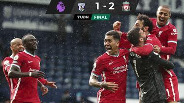Alisson anota y le da vida al Liverpool para pelear Champions