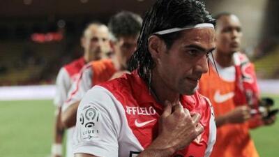 El Mónaco recurre a un gol de Falcao pero cae en su campo con el Lorient